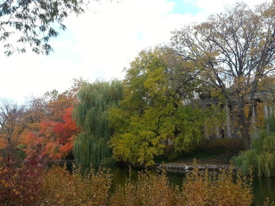 graceland cemetery lake chicago