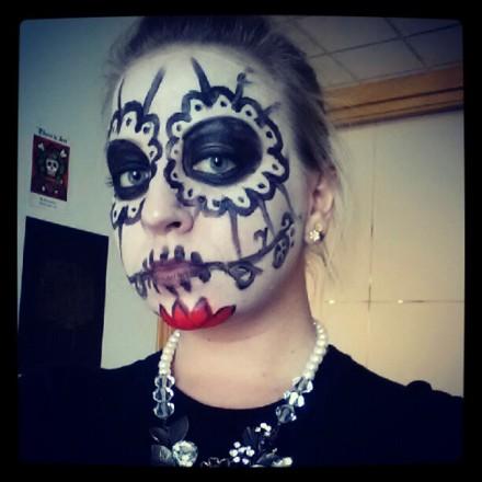 Dia de los muertos face paint design