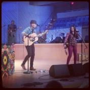 Jesse y Joy perform!
