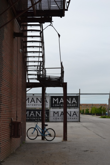 mana contemporary artist studios chicago