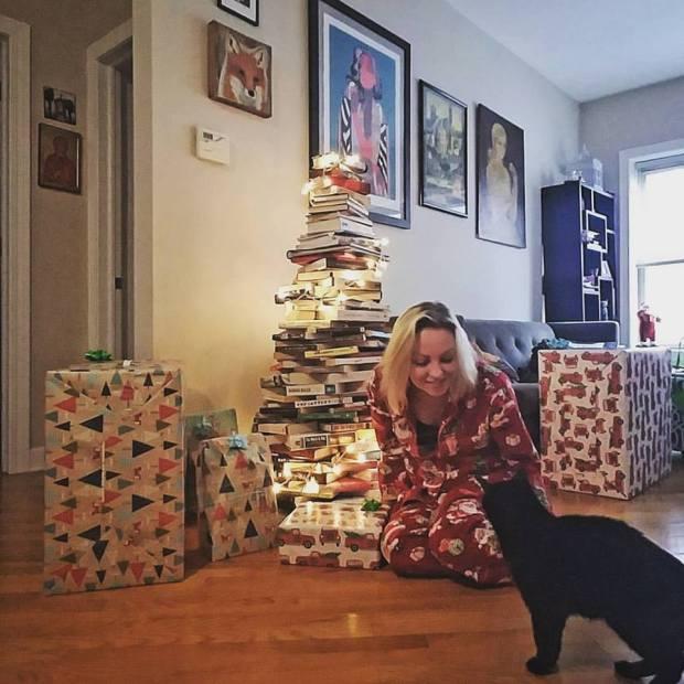 Christmas 2017 DIY book tree