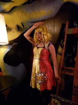 pop art girl halloween makeup lichtenstein