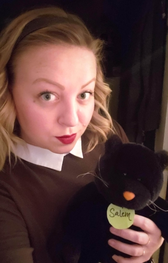 sabrina the teenage witch halloween costume